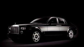 Photo-rolls-royce-phantom-black-edition-dark-attitude Karl Lagerfeld