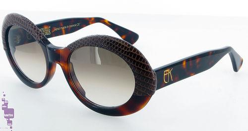 Emmanuelle_Khanh_paris_lunettes_de soleil_cerclee